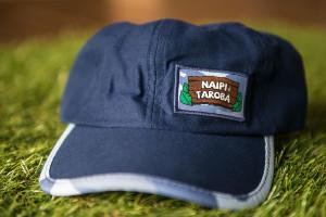 Boné Naipi e Tarobá